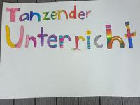 Theaterprojekte mit Kindern: Plakat zum Kindertheater - Tanztheater über einen Schulmorgen