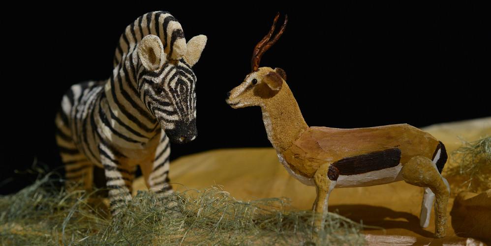 Erzählen mit Figuren: Zebra und Gazelle aus dem Kindertheater Freunde fuers Leben