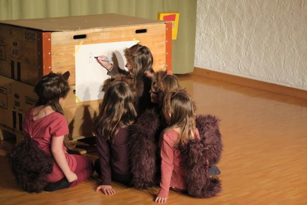 Theater aus dem Bilderbuch: Eichhörnchen